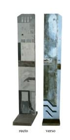 Variation C3 CHU - Sculpture avec techniques mixtes (peinture, métal, bois)120 x 25 x 4 cm - Socle intégré en béton gris