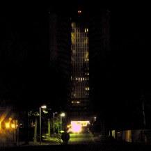 Variation G5 2201 - photographie en couleurs prise de nuit - 40 x 40 cm