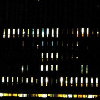 Variation H4 2145 - photographie en couleurs prise de nuit - 20 x 20 cm